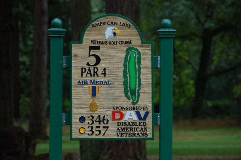 The fifth course hole sign with a par four